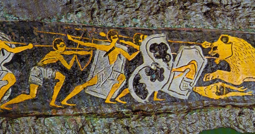 Depiction of a hunting scene on a dagger found in Grave Circle A, Mycenae, 16th century BC   © Unknown/WikiCommons