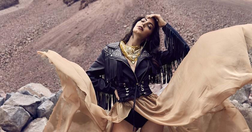 Prod: @weareklueless Ph: @dayocoestudio I Model: @virginialimongis I make up: @nico_mua