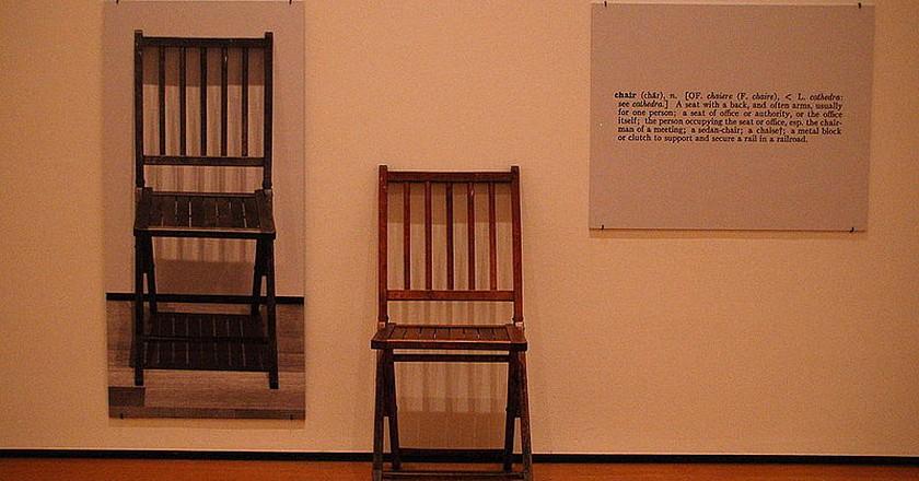 Joseph Kosuth's One and three chairs © Wikimedia Commons