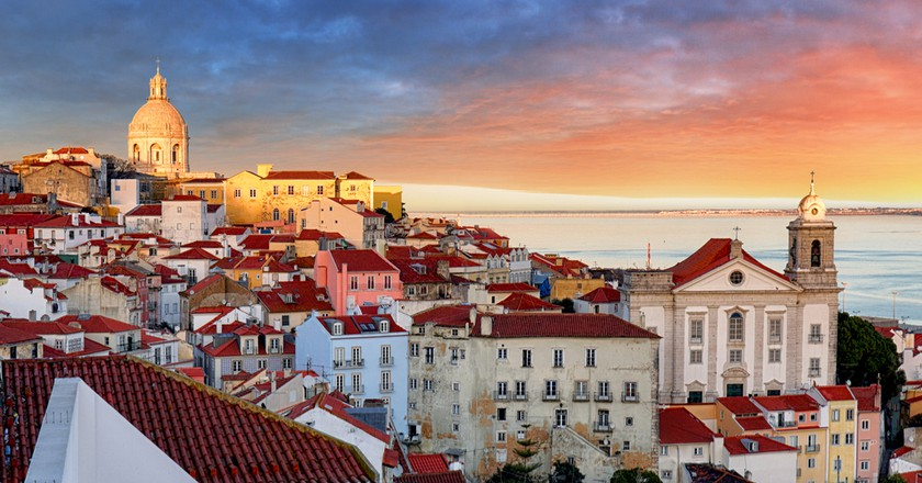Stunning rooftops of Lisbon   © TTstudio/Shutterstock