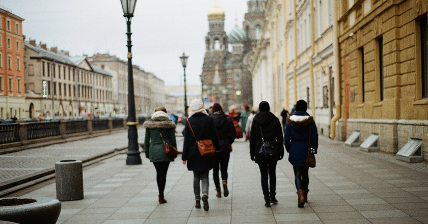 Fashion on the streets of St Petersburg | © For every word never said there should be a picture / Flickr