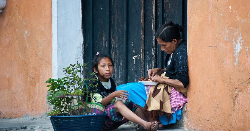 Antigua Guatemala people | © Christopher William Adach / Flickr