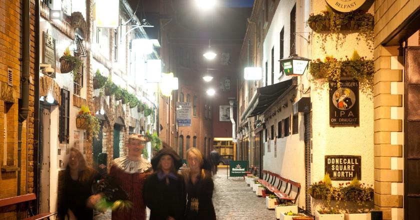 A Halloween pub crawl in Belfast | Courtesy of Tourism NI