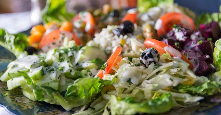 Crisp mixed salad in Morroco | © Krzysztof Belczyński / Flickr