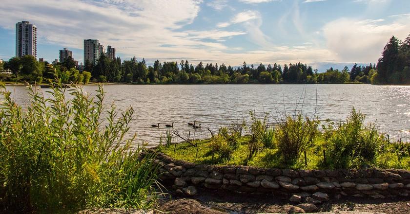 The Lost Lagoon in Stanley Park | © Alberto Cruz / Flickr