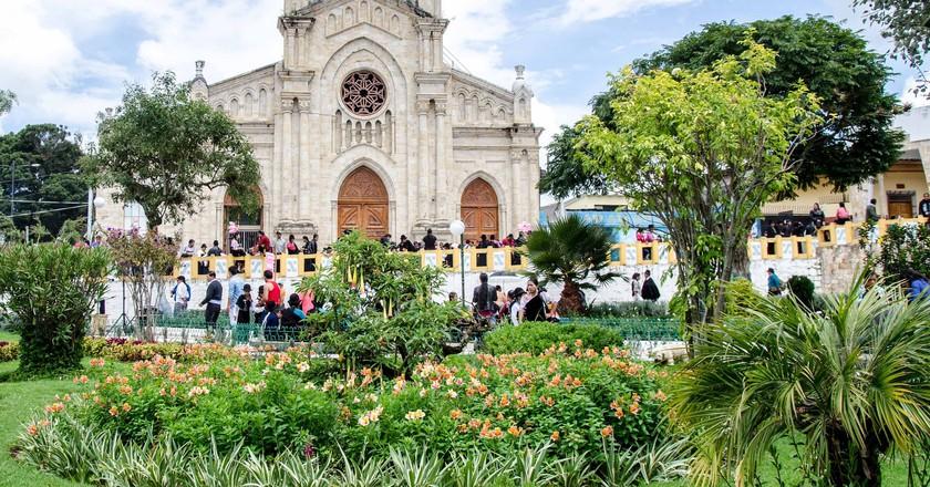 Cathedral in Saraguro, Ecuador | © Angie Drake / Flickr