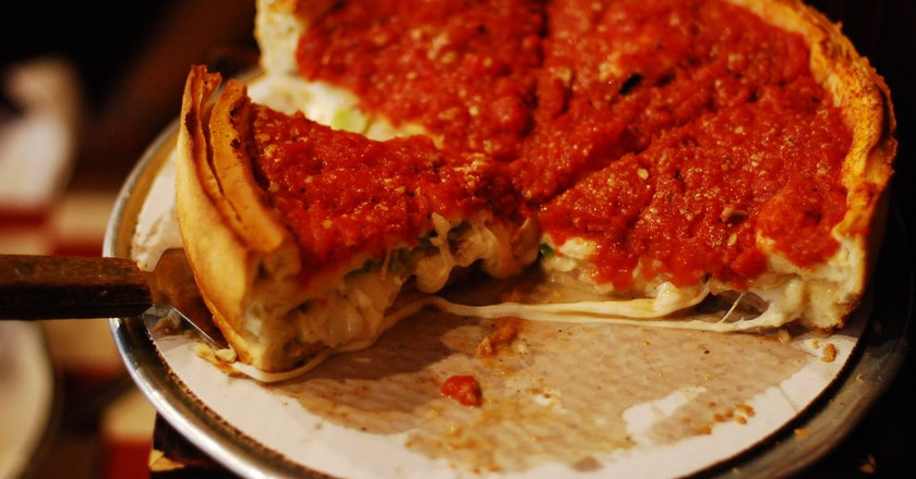 Chicago-style Pizza   © Eric Chan / Flickr