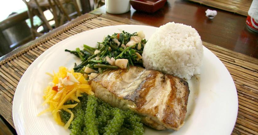Grilled Tuna at Kalui Restaurant