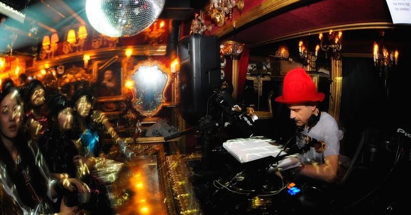 Jerry Bouthier DJ set Tokyo Trump Room |  © dat' / Flickr