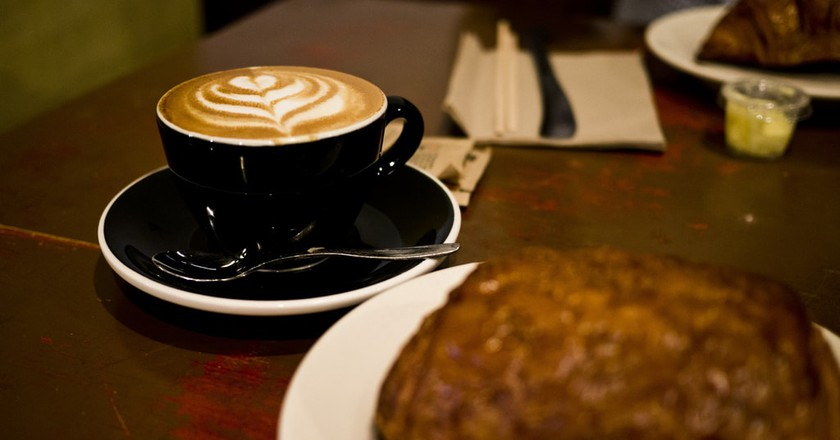 The French certainly know how to serve the perfect coffee | Albert Leung / Flickr