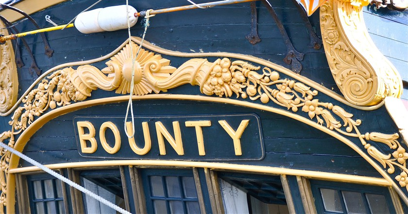 A recreation of the famous HMS Bounty | ©Kevin Burkett / Flickr
