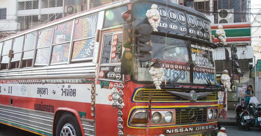 Local Thai bus   © cotaro70s/Flickr