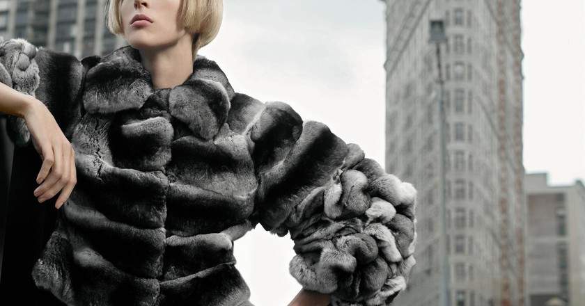 A model in Fendi furs | © fervent-adepte-de-la-mode/Flickr