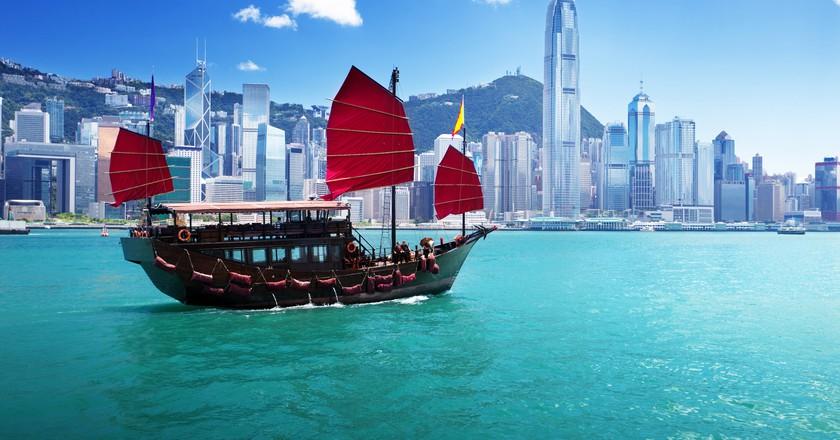 Caption   Courtesy of Aqua Luna Hong Kong.