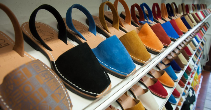 Menorcan Sandals   © Zeroseguidores/ Wikimedia Commons