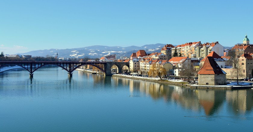 Maribor and Drava River |© Hbabuka / WikiCommons