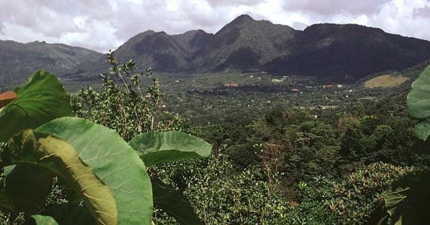 El Valle de Antón, Panamá   © Lee Siebert / WikiCommons
