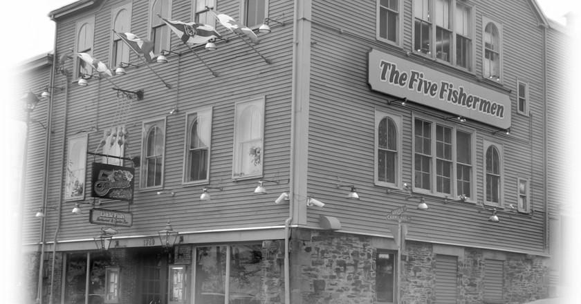Five Fishermen Restaurant | Courtesy of Five Fishermen