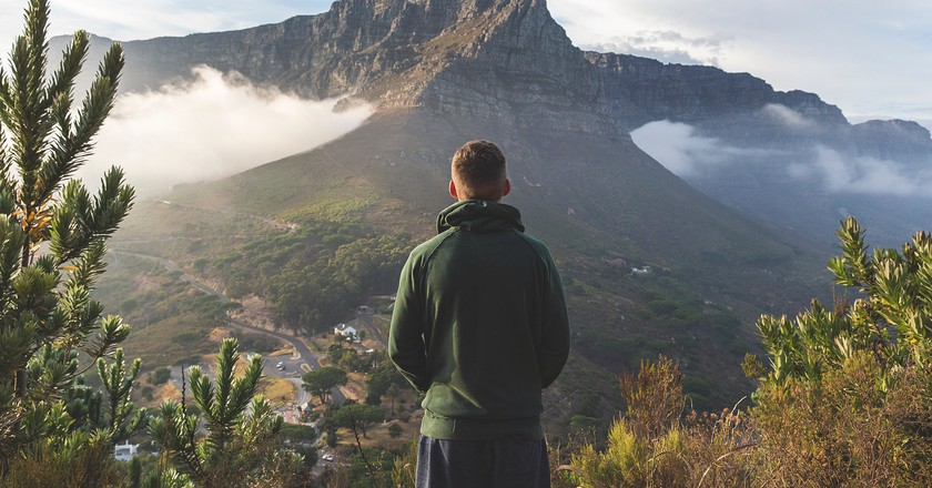 "Winter hiking in Cape Town | © <a href=""https://unsplash.com/photos/AZzfPBQA1Bk"">© Joshua Earle  / Unsplash</a>"