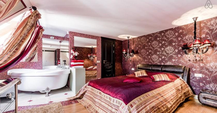 Luxurious penthouse | Courtesy of Nikola