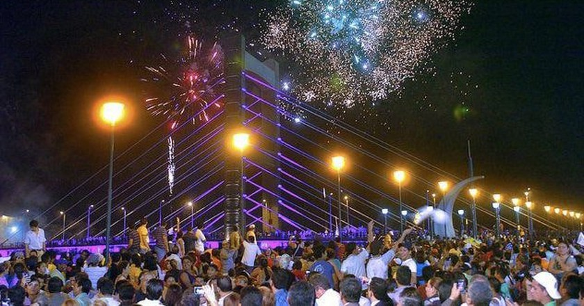 New Year's Eve Fireworks in Quevado, Ecuador | © Bryansituuh94 / Wikicommons