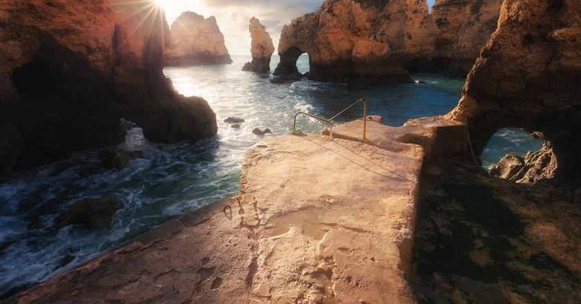 Sunrise in the Algarve, Portugal   © Nickolay Khoroshkov/Shutterstock