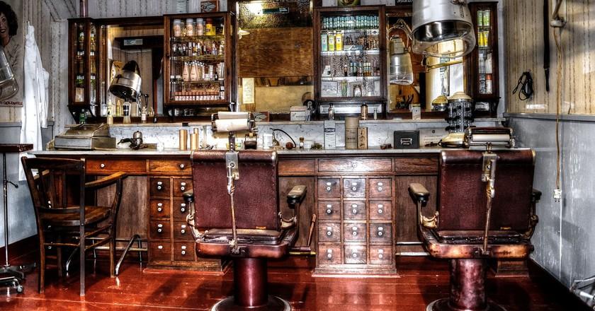 The old-school barbershops are back in trend | Theo Hengelmolen/Pixabay