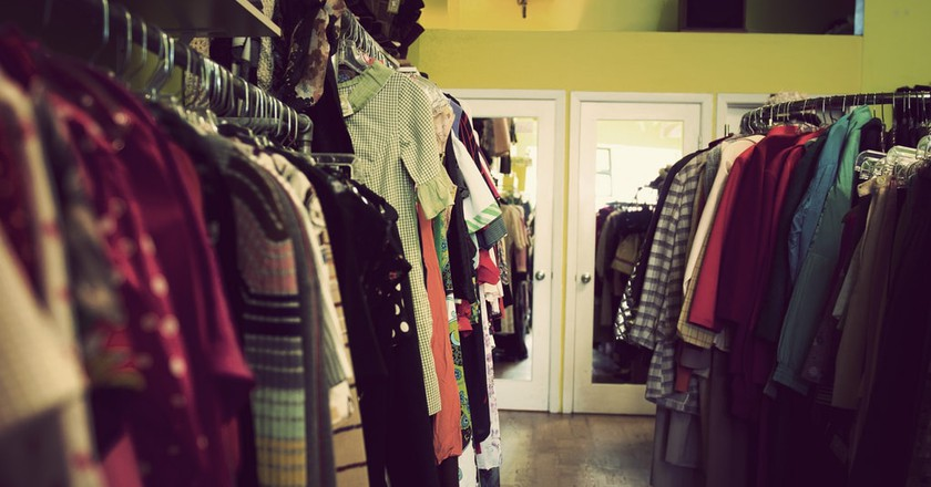Vintage Clothes Shop | © ashton/Flickr