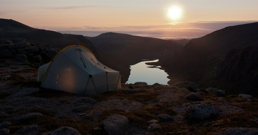 Wild Camping above Loch Avon in the Cairngorms | Nick Bramhall/Flickr