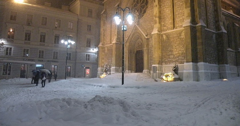 Sarajevo Cathedral Winter  © Smooth_O/WikoCommons