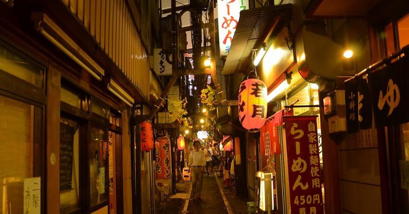 Evening on Memory Lane (Omoide Yokocho) | © Stephen Kelly / Flickr