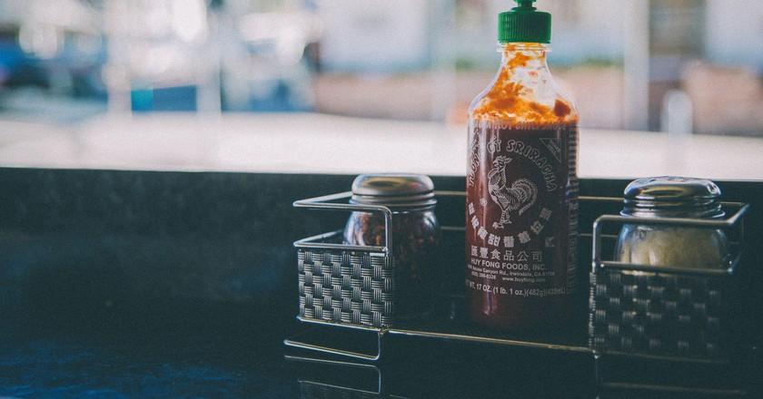 Sriracha sauce | ©Steven Guzzardi/Flickr