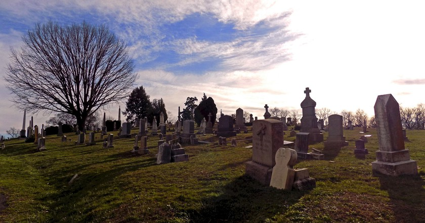 A cemetery in Washington, D.C. | © Mr. Gray / Flickr