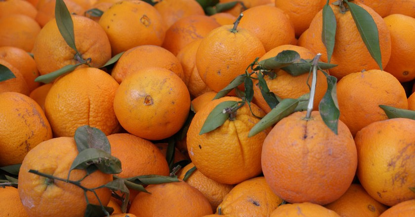 Valencian oranges at the market © Flickr/Victoria Reay