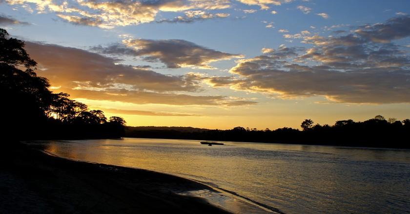 Sunset on Rio Usumacinta │© bostjan.frelih / flickr