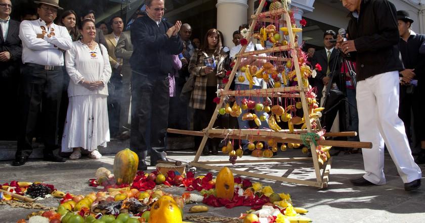 "<a href=""https://www.flickr.com/photos/dgcomsoc/7403788200/"" target=""_blank"" rel=""noopener noreferrer"">Celebrating the beginning of Inti Raymi   © Cancillería del Ecuador / Flickr</a>"