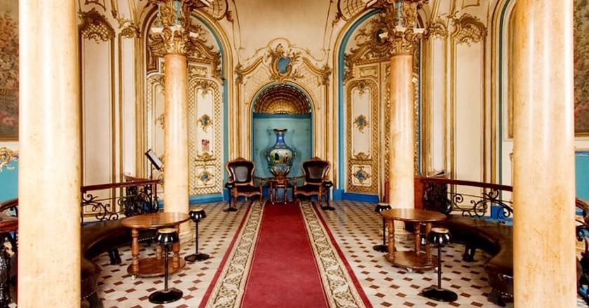 Historic Interiors at Sanduny bath house  | © Courtesy of Sanduny