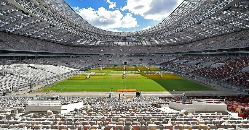 Reconstruction of Luzhniki Stadium | © Stroycomplex/Wikimedia Commons