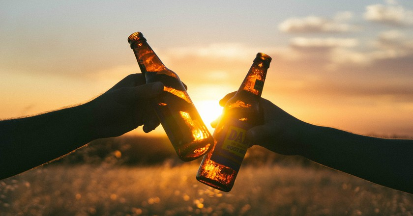 Cheers ©Free-Photos/Pixabay