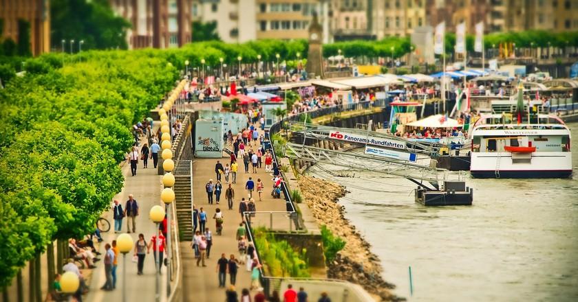 Rheinuferpromenade | © MichaelGaida / Pixabay