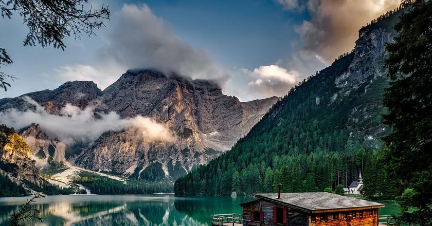 Lake Prags in the Dolomites ©12019/Pixabay