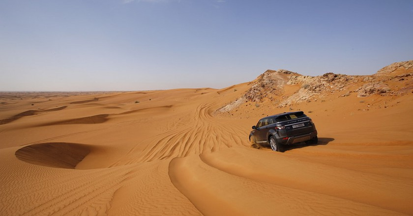 The sand can be endless in Dubai    © Land Rover MENA/Flickr