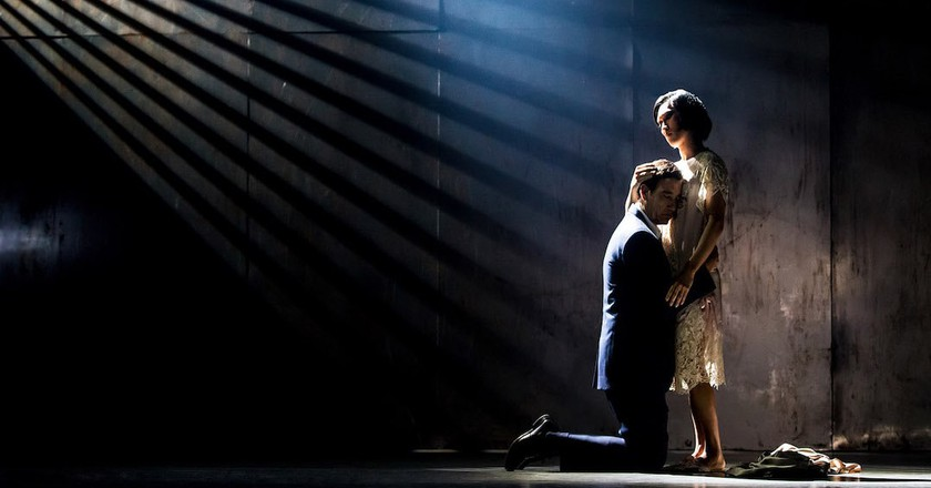 Theater: This 'M. Butterfly' Is a Drag
