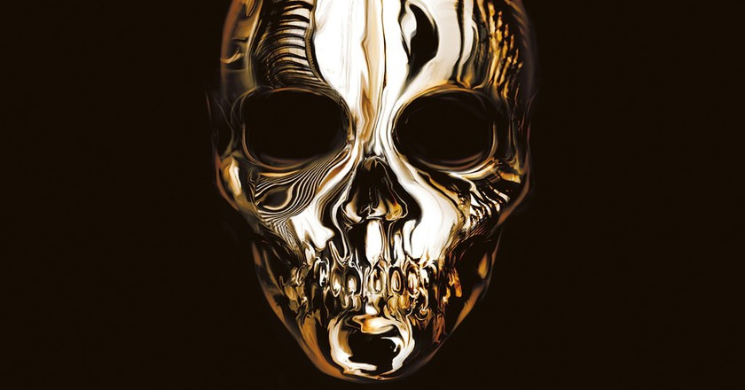 Savage Beauty Skull from The Book of Black   Image courtesy of Laurence King Publishing