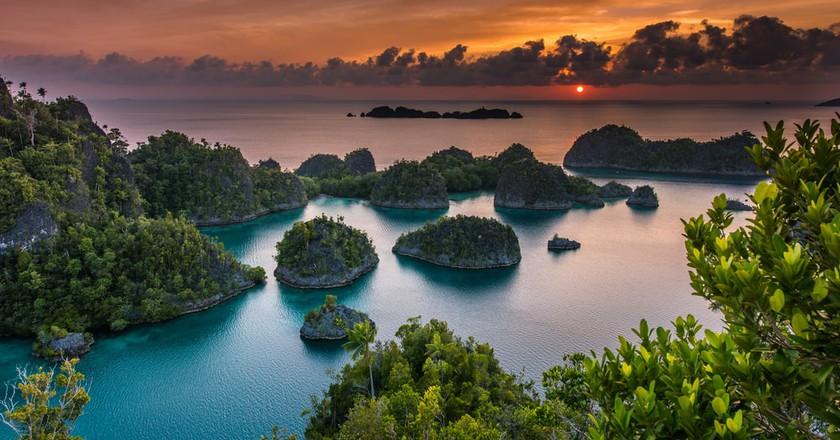Sunset in Pianemo, Raja Ampat | © Vaclav Sebek / Shutterstock