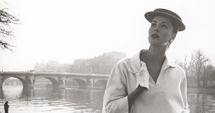 Suzy Parker by the Seine, Costume by Balenciaga, 1953 | Photograph by Louise Dahl-Wolfe. Collection Staley Wise Gallery.