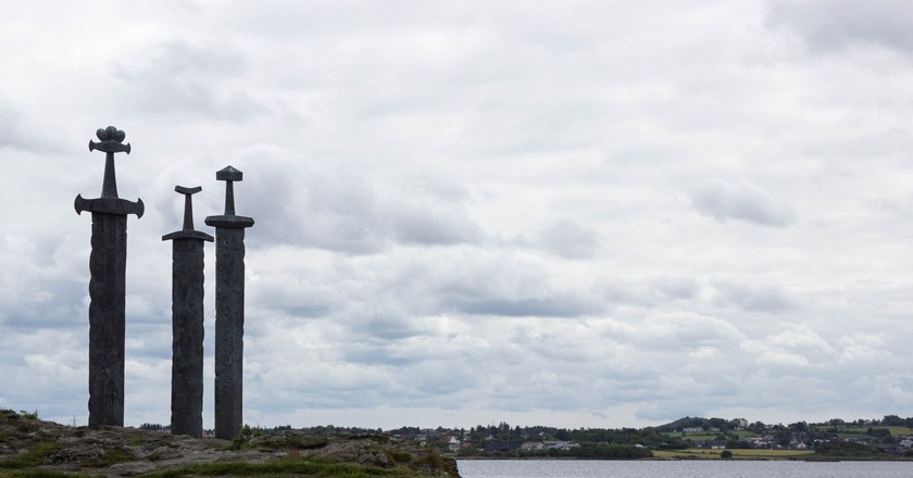 Three Swords monument, Stavanger | © Christopher Dolan / Flickr