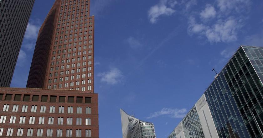 Skyscrapers in the Hague   © pixabay