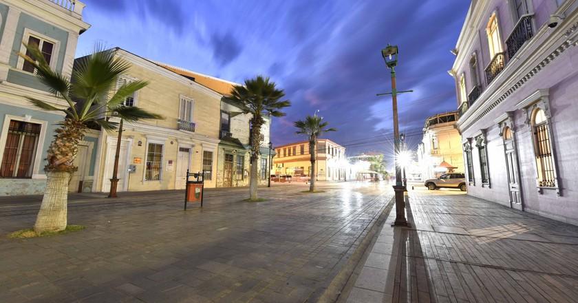 Baquedano Street at Dusk | © Gobierno Regional Tarapaca / Flickr