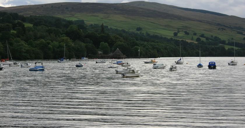 Boats on Loch Tay   © Chris Fleming/Flickr